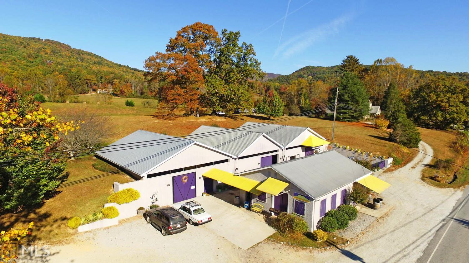 Additional photo for property listing at 2592 Old Hwy 441 S 2592 Old Hwy 441 S Tiger, Georgia,30576 Estados Unidos
